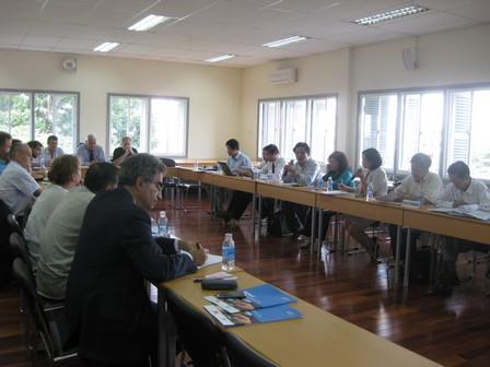 Đoàn Pháp làm việc tại trường Đại học Bách khoa Thành phố Hồ Chí Minh - 47.8kb